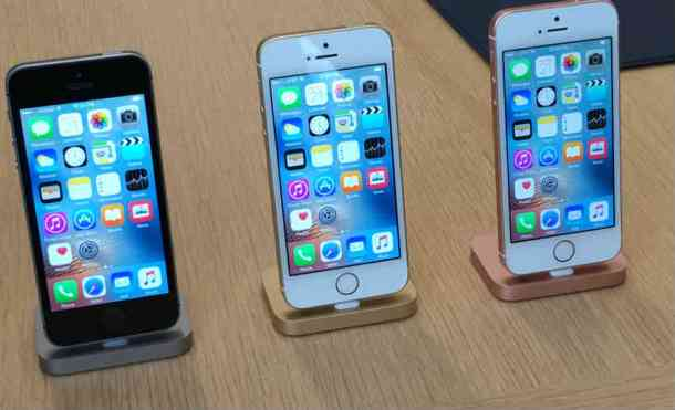 Apple, iPhone, iPad, iPhone SE, iPhone SE price, iPhone SE launch, iPhone SE specs, iPhone SE features, iPhone SE India, iPhone 6, iPhone SE first impressions, Apple new phone, new iPhone, technology, technology news