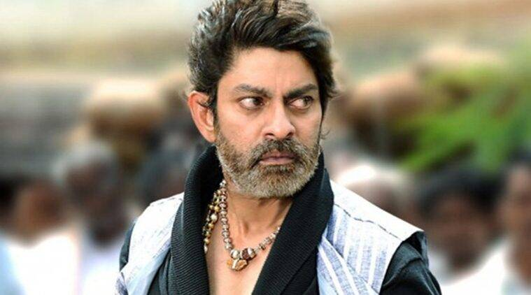 jagapati-babu-family-hero-villan-bollywood-entery-