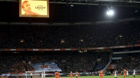 Netherlands-France match halted for tribute to 'Dutch Master' Johan Cruyff