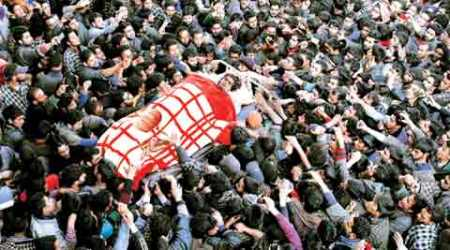New headache in Valley: Crowds swelling at militant funerals