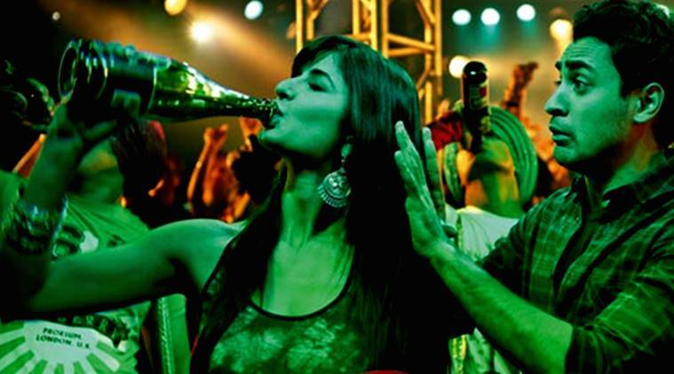 katrina kaif drinking_759_movie still