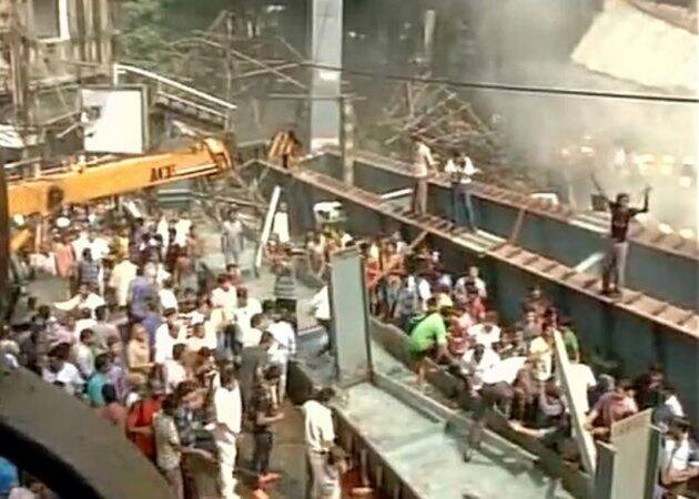 Kolkata flyover, Kolkata flyover collapse, flyover collapse, Flyover collapse in Kolkata, kolkata flyover accident, flyover accident in kolkata, Kolkata, Kolkata news, latest news kolkata