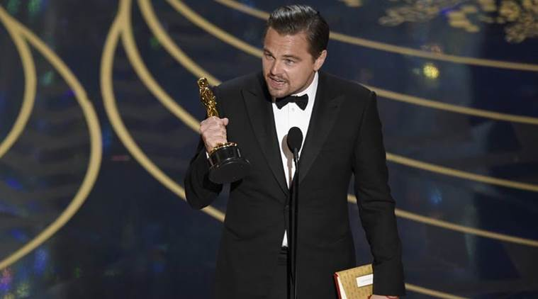 Leonardo Dicaprio, oscar, oscars 2016, Leonardo Dicaprio oscar, Leonardo Dicaprio oscar trophy, Leonardo Dicaprio Best Actor, Best Actor oscar, Leonardo DiCaprio news, Leonardo DiCaprio film, Leonardo DiCaprio The Revenant, The Revenant, entertainment news