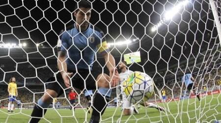 Luis Suarez scores on Uruguay return in 2-2 draw against Brazil