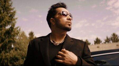 Mika Singh shares a steamy kiss in his next single Billo