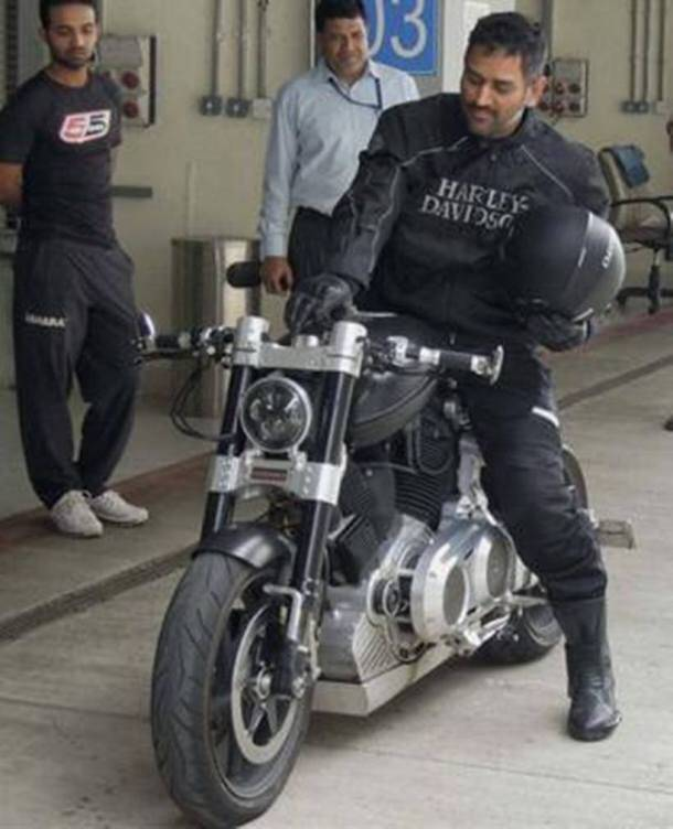 PHOTOS India Cricket Team Captain MS Dhonis Collection Of Sports - Sports cars and bikes