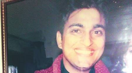 Mob beats Delhi dentist to death in front of family