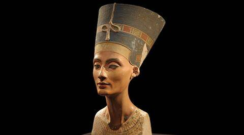 King Tutankhamun, King Tut, King Tut's tomb, Egyptian history, ancient Egyptian history, Queen Nefertiti, Akhenaten, Tutankhamun's tomb, Queen Nefertiti's remains, Nefertiti's burial place, Nefertiti's death, what happened to Queen Nefertiti?, secret chambers, radar scans, archaeologist Nicholas Reeves