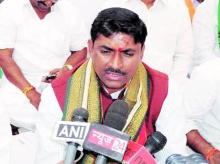 Expect 'transparent and corruption free governance' under new AIADMK dispensation:BJP