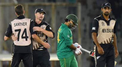 Pakistan vs New Zealand: Martin Guptill, spinners help Black Caps secure semisberth