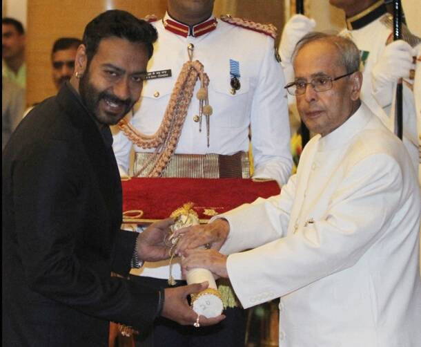 Padma, padma awards, padma award photos, padma awards 2016, sri sri, saina nehwal, ajay devgan, ajay devgn, ajay devgn awards, sania nehwal awards, anupam kher, anupam kher awards, narendra modi, modi photos,