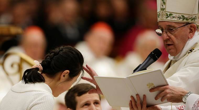 pope francis, pope, good friday, pope easter message, brussels attack, pope francis message, pope francis easter message, pope wash feet, muslim migrants, pope news, world news