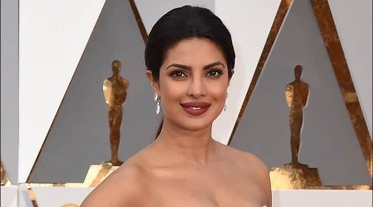 priyanka chopra, priyanka, priyanka chopra oscars, priyanka chopra oscars pics, priyanka oscars pics, priyanka chopra pictures, priyanka chopra red carpet, priyanka oscars red carpet, priyanka photos, oscars, oscar awards, priyanka chopra oscars dress, priyanka chopra oscars photos