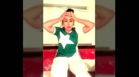 Video: Pak model Qandeel Baloch's dramatic reaction after Pakistan's loss in WT20