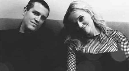 Reese Witherspoon celebrates fifth weddinganniversary