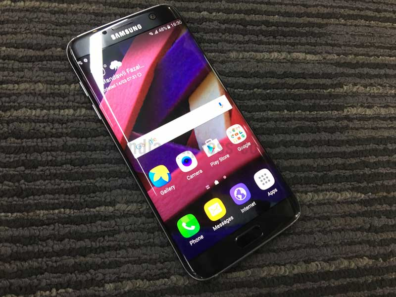 Samsung Galaxy S7 edge, Galaxy S7 edge review, Galaxy S7 edge price, Samsung Galaxy S7 edge review, Galaxy S7 edge India, Galaxy S7 edge features, Galaxy S7 edge pre-book, Galaxy S7 edge vs Galaxy S6, Galaxy S7 edge new, mobiles, smartphones, technology news