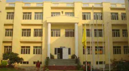 EWS admissions: Wrong information on seats leads toconfusion