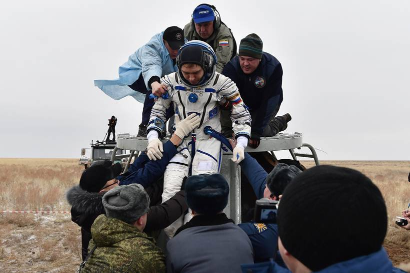 scott kelly, scott kelly Nasa astronaut, Year In Space, Nasa astronaut scott kelly, scott kelly year in space, ISS, space news, soyuz spacecraft, science, technology