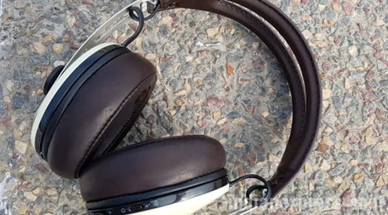 headphones, earphones, headphone review, best headphones, best 2016 earphones, best premium headphone, gadgets, cheap headphones, best headphones under Rs 10000, Brainwavz HM2, Corsair VOID RGB SE, Brainwavz Omega IEM, Jays U-JAYS, Sennheiser Momentum Wireless Over Ear, technology, technology news
