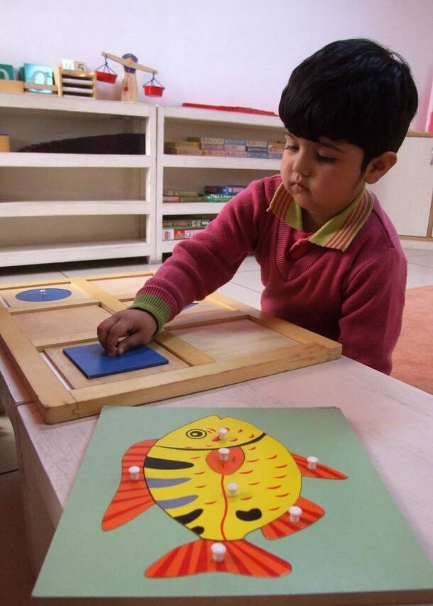 day care helps children, day care activities, how to choose day care of children, aftercare centres, Hands-On Activities for Child Care,