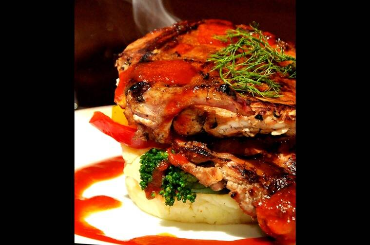 Smoked Chicken Steak at Tolly Tales. (Photo: Debajyoti Chakraborty)