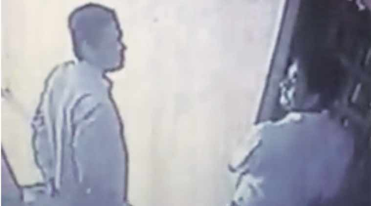 Footage given by police shows Nadeem Qureshi allegedly breaking into a house in Mumbai in 2013.