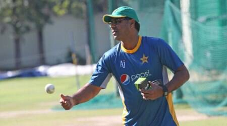 kamran akmal, waqar younis, pakistan, pakistan cricket board