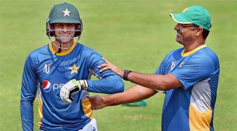 It was painful to see Waqar Younis apologising, says ShoaibAkhtar
