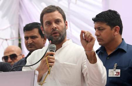 West Bengal elections: On stage today, Buddhadeb Bhattacharjee with RahulGandhi