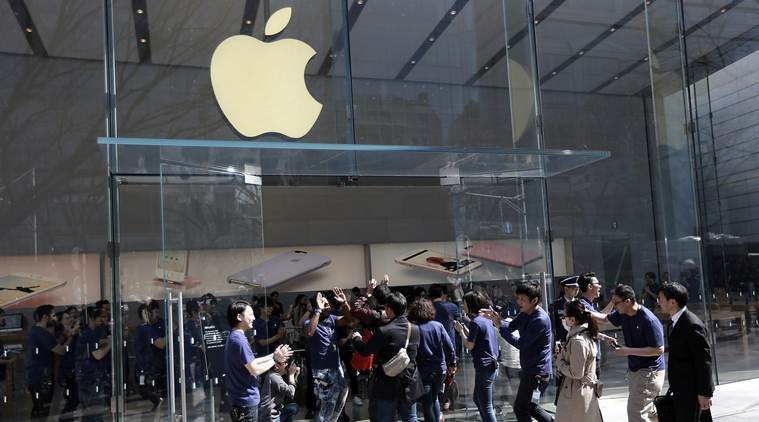 Apple, Apple China, Apple services, Apple iTunes, Apple mobile entertainment services, Apple book and film services, iPhone sales, tech news, technology
