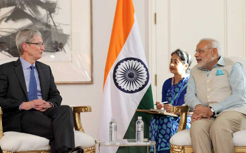Apple CEO Tim Cook, Apple Inc, Tim Cook in India, Narendra Modi, tim cook to meet modi,Apple, tim cook delhi, apple ceo, technology, technology news