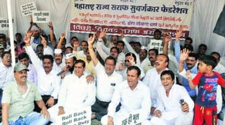 Pune: No glitter on Gudi Padwa as jewellers continue indefinitestrike