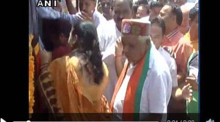Babulal Gaur, Babulal Gaur video, Babulal Gaur woman, Babulal Gaur touches woman, video of Babulal Gaur