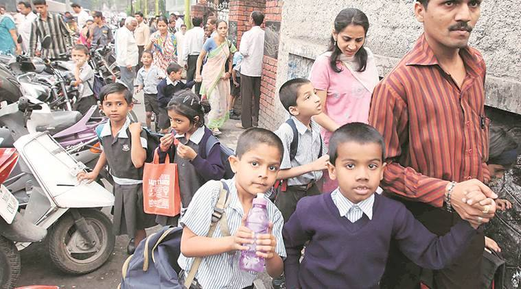 CBSE, school bag weight, students carry heavy bags, school bag burden, state government rules, pune news