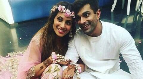 Bipasha Basu, Karan Singh Grover, Karan Singh Grover BIPASHA, Karan Bipasha Basu mehendi, Karan BIPASHA, Bipasha Basu WEDDING, Bipasha Basu NEWS, Bipasha Basu MARRIAGE, ENTERTAINMENT NEWS