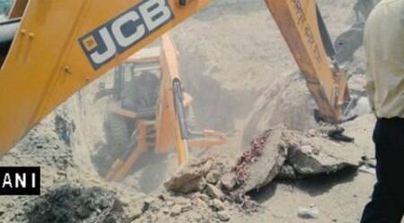 UP: Four-year old girl falls into borewell, rescue operationunderway