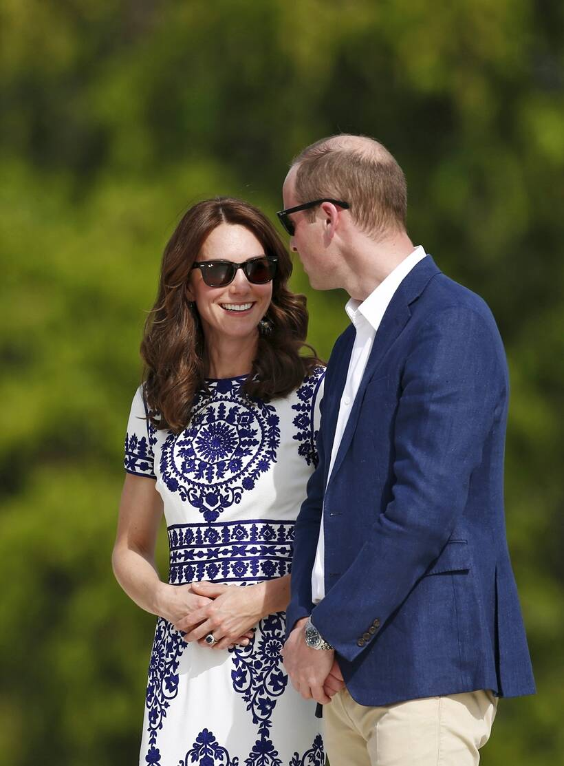Taj mahal, prince william, kate middleton, taj mahal visit, royal couple taj mahal visit, British royal couple, British, royal couple, Prince william, princess kate middleton, duchess of cambridge, picture gallery, india news