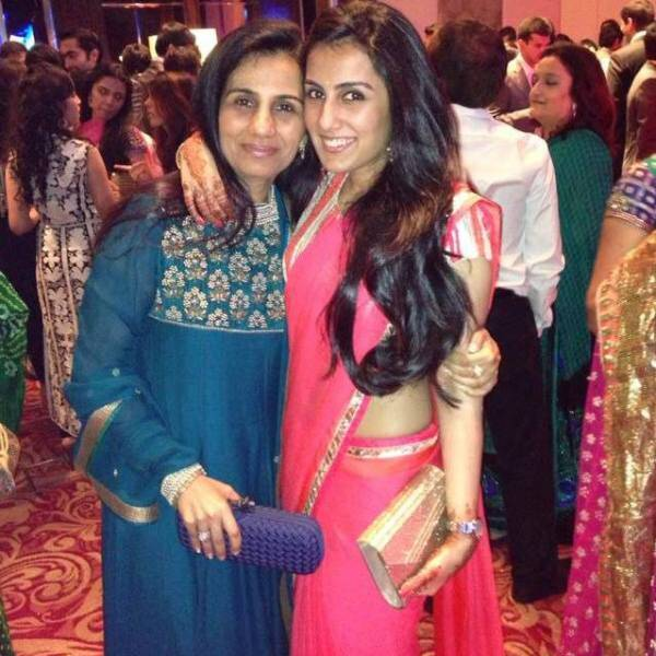 Chanda Kocchar with daughter Aarti Kochhar/ Facebook