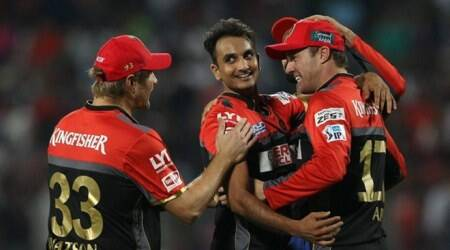 IPL 2016, RPS vs RCB: AB de Villiers, Virat Kohli shine once again in RCB win
