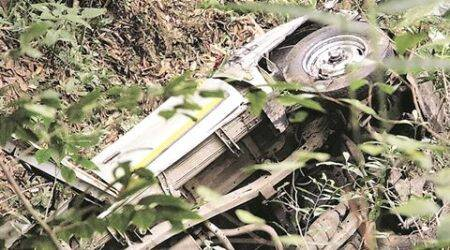 CRPF jawan, poll official dies in Darjeelingaccident
