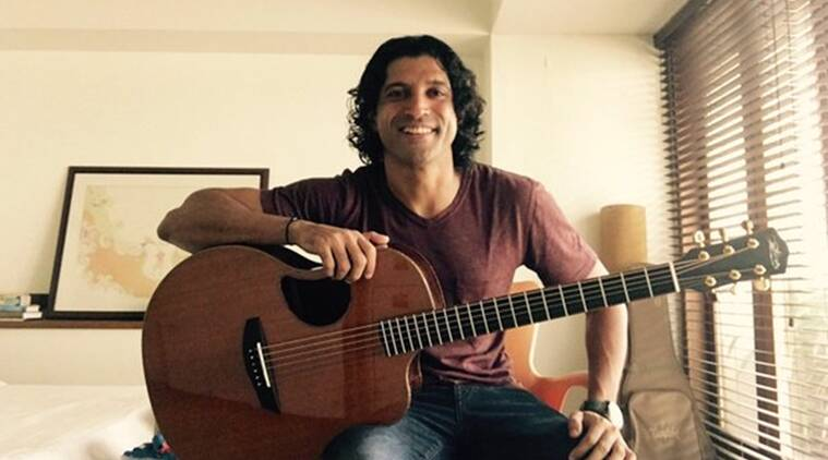 Farhan Akhtar, Farhan Akhtar Guitar, Farhan Akhtar New Guitar, Farhan Akhtar Rock On 2, Farhan Akhtar Acoustic Guitar, Farhan Rock on 2, Rock on 2, Shujaat Saudagar, Entertainment news