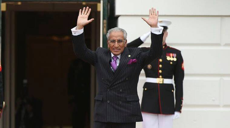 Pakistan's Foreign MinisterTariq Fatemi waves upon arrival at the White House, Thursday, March 31, 2016 in Washington, during the nuclear security summit. (AP Photo/Andrew Harnik)