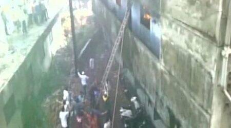 300 evacuated after Bhiwandi building catches fire; three hurt