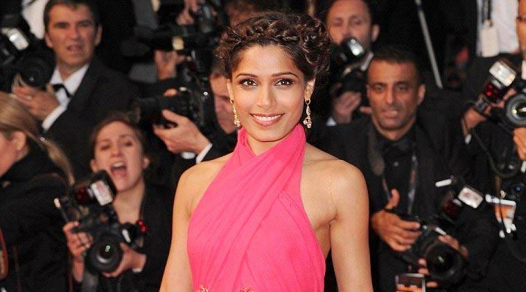 "Slumdog Millionaire"" star Freida Pinto will be honoured with International Icon award at the 17th edition of the gala."