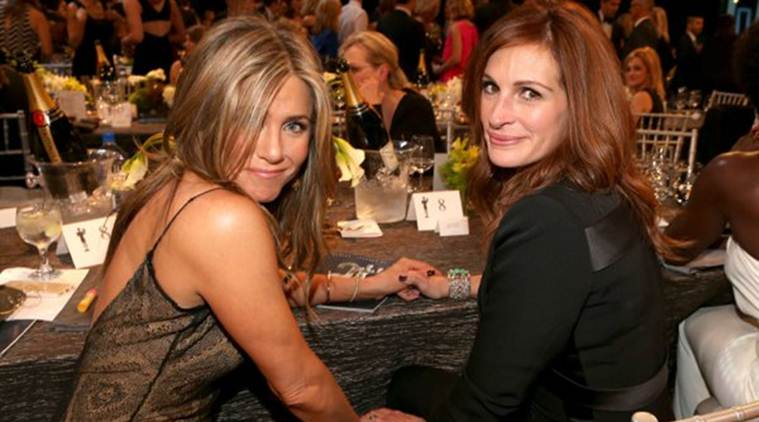 Jennifer Aniston, Julia Roberts, Jennifer Aniston julia roberts, Jennifer Aniston film, Jennifer Aniston news, entertainment news