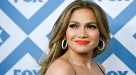 Jennifer Lopez to star in romantic comedy 'SecondAct'