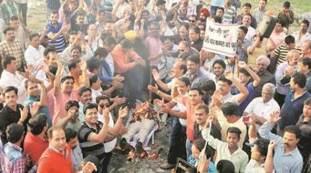 Chandigarh: Traders extend support to agitating jewellers, markets to remain shut today
