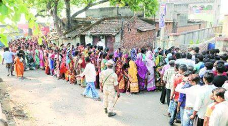 West Bengal election 2016: Oppn goes to EC about TMC 'terror', 'idle'forces