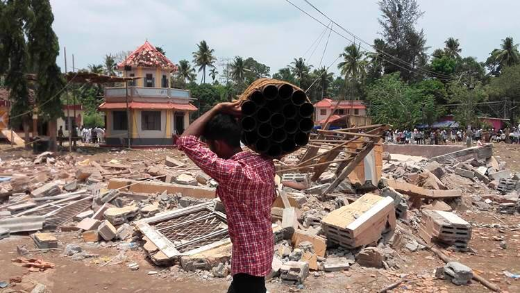 Kollam, Kollam fire, Kerala, kerala fire, oommen chandy, chandy, kollam fire probe, kerala fire probe, kerala news, kollam deaths, kerala temple deaths, kollam news, india news