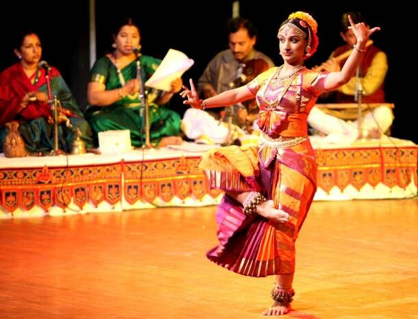 international dance day, world dance day, indian classical and folk dances, bharatanatyam, kathak, kathakali, kuchipudi, sattriya, chhau, dandiya, ghumar, dhamal, bhangra